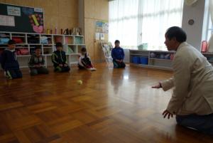 日坂小 ボール遊び
